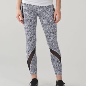 Lululemon Inspire Tight II (Miss Mosaic)